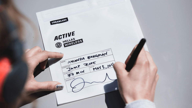 LimitedSweatEdition_Amanda_Bergman_Signing